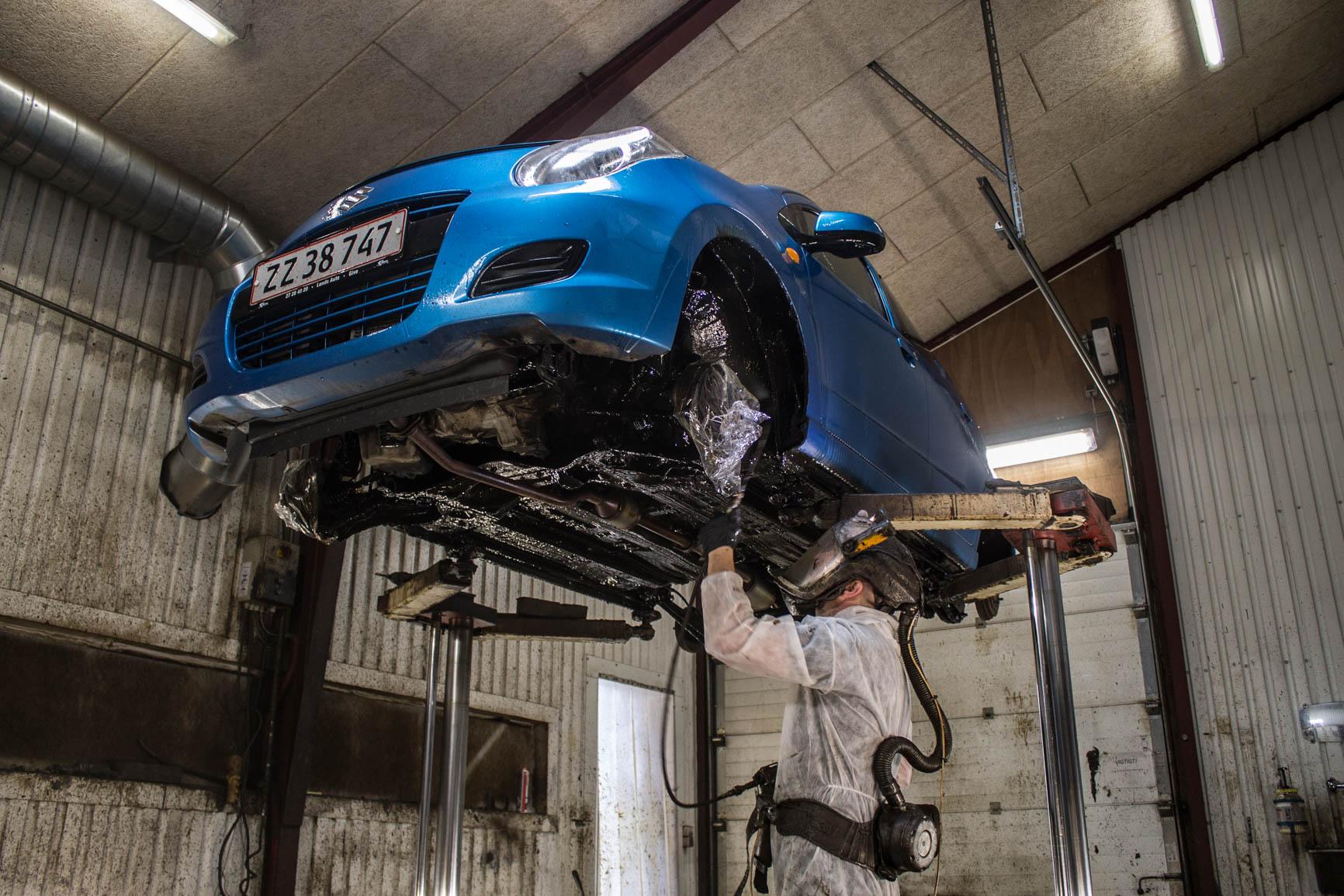 Tid til undervognsbehandling - Østergaards Auto